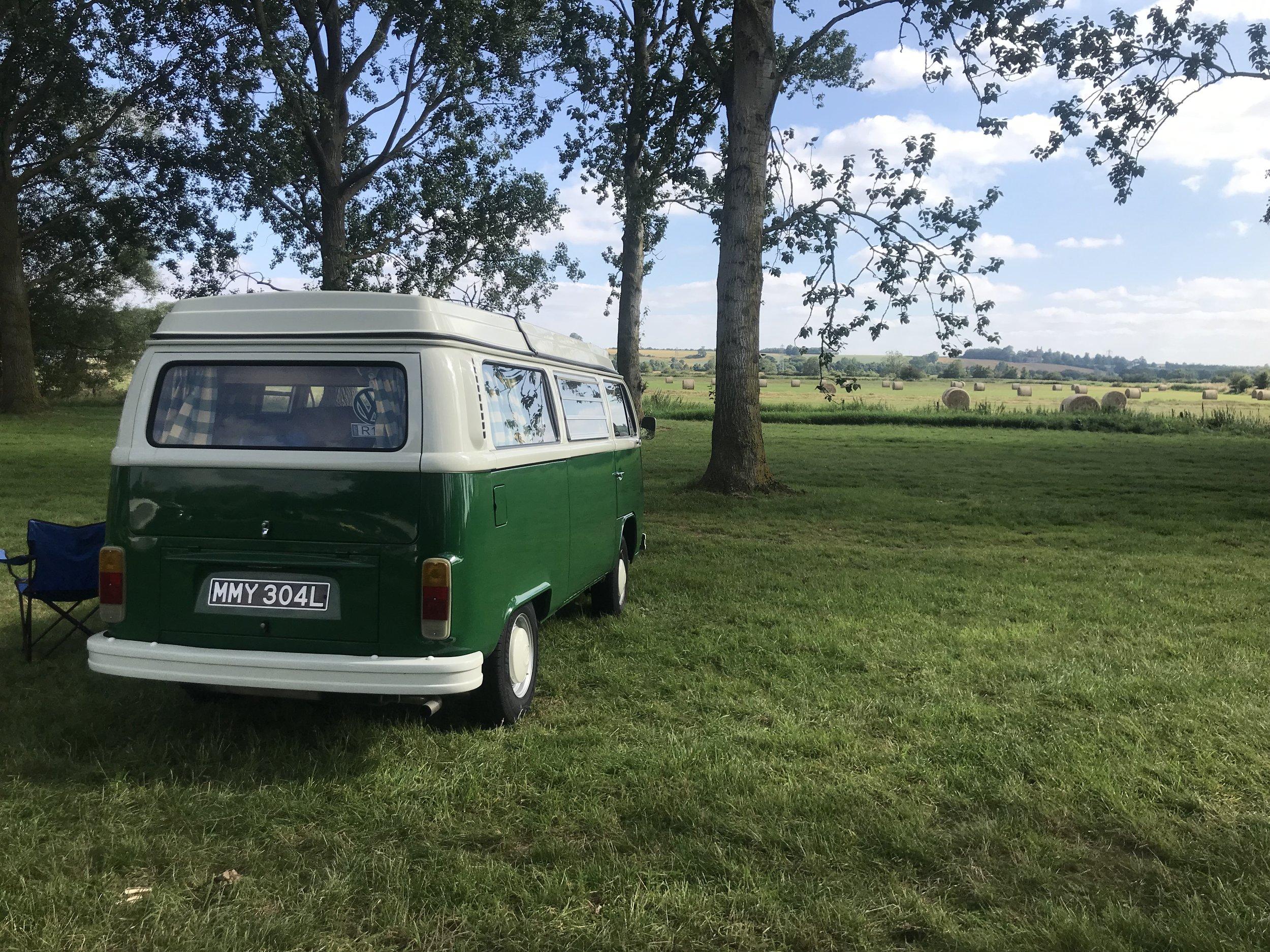 camper_VW_camping_white_mills_marina_river_nene_earls_barton