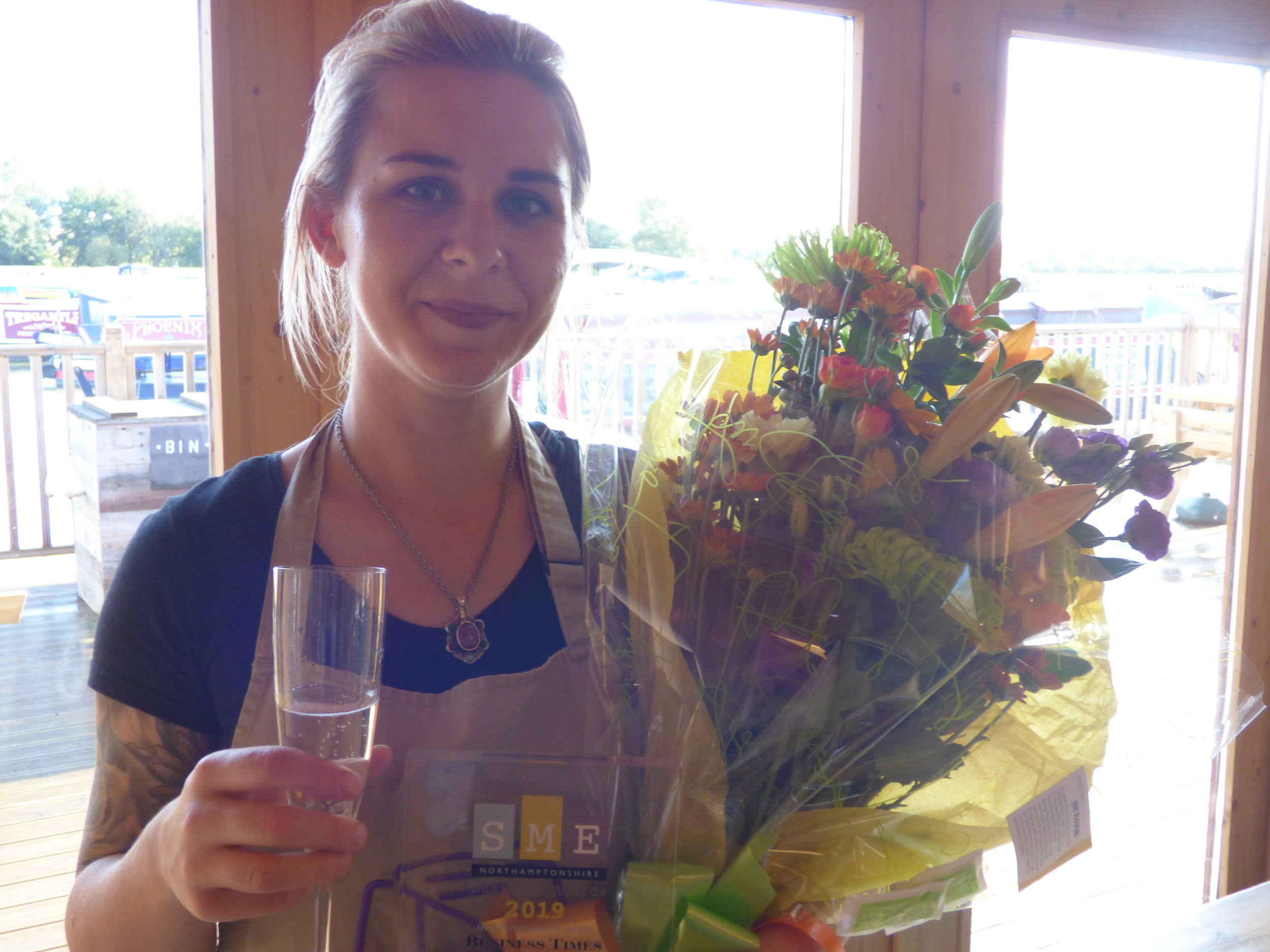 carrie_hewitt_the_boathouse_winner_coffee_shop_of_the_year_river_nene_marina_moments