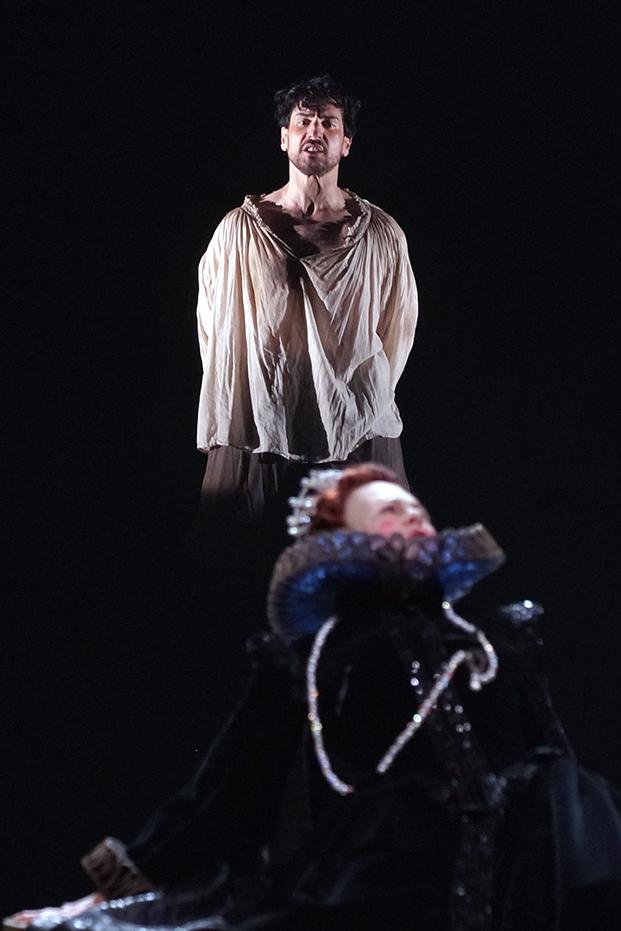 Anna Caterina Antonacci and Leonardo Capalbo in a scene from  Gloriana