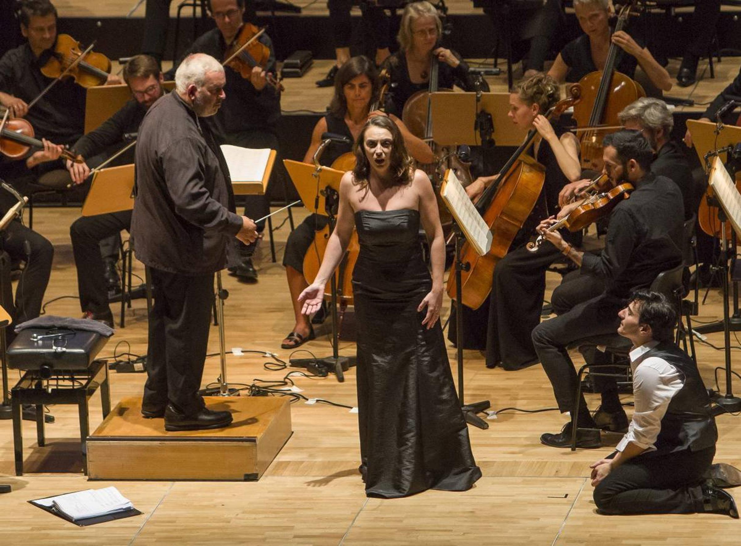 Leonardo Capalbo with maestro Marc Minkowski and mezzo-soprano Aude Extrémo