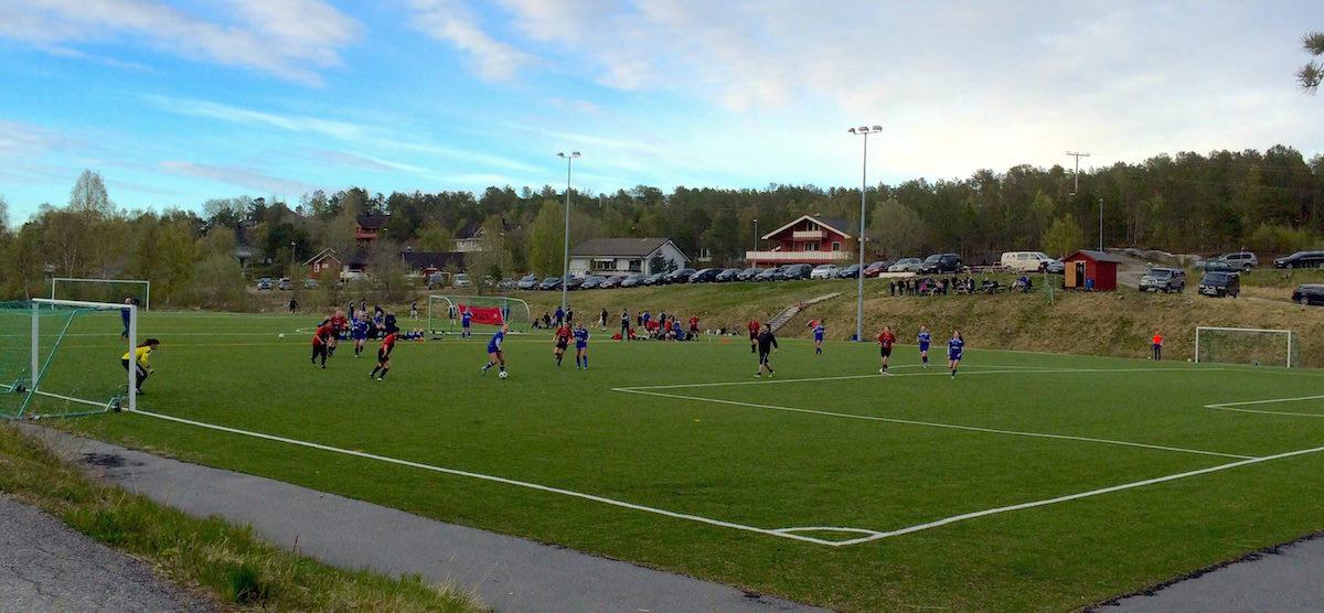 Damekamp våren 2015: Drag IL - Fauske/Sprint 8-3!    Foto: Tove Mikkelsen