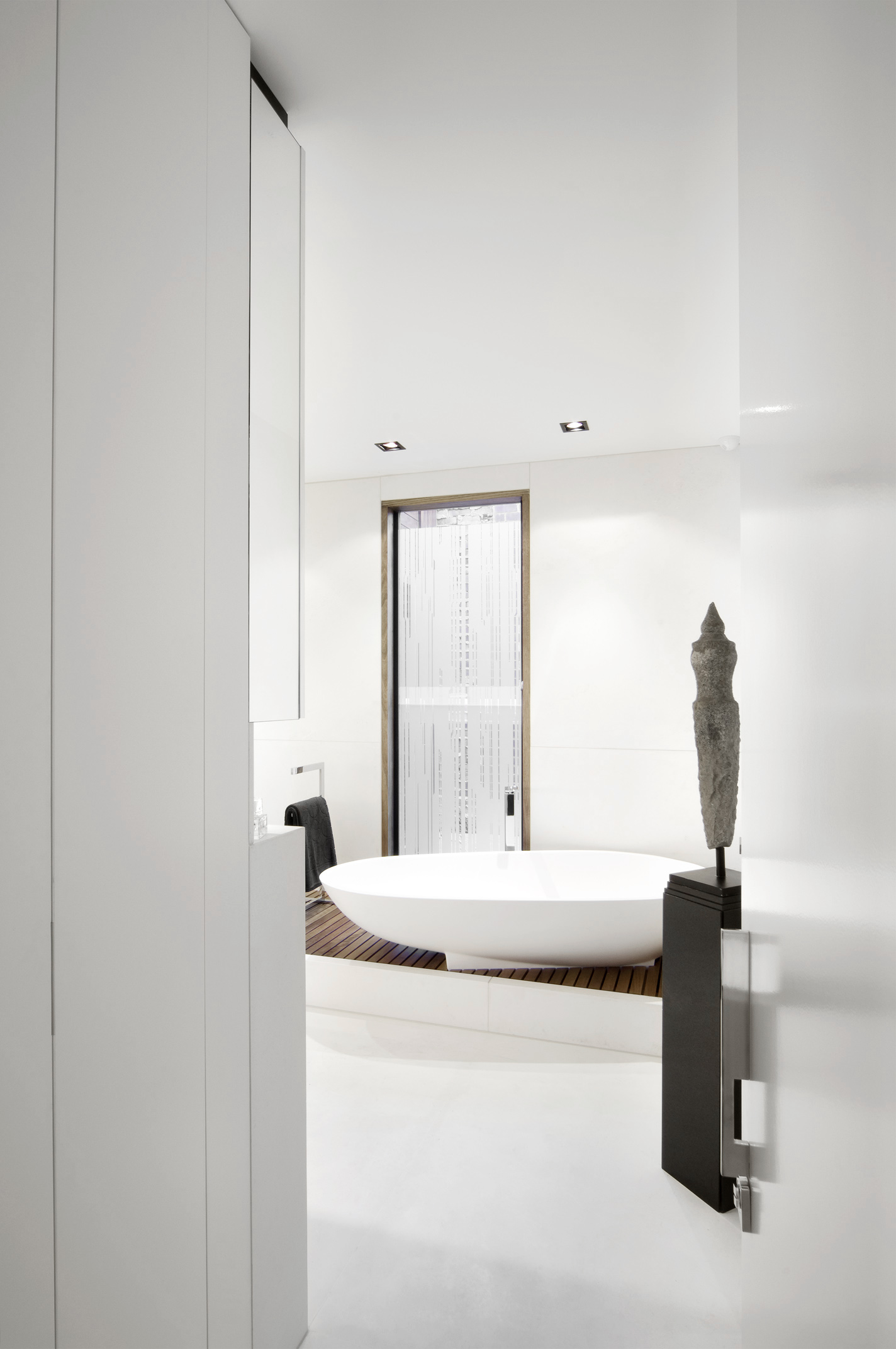 Middle Park bathroom by Chamberlain Architects