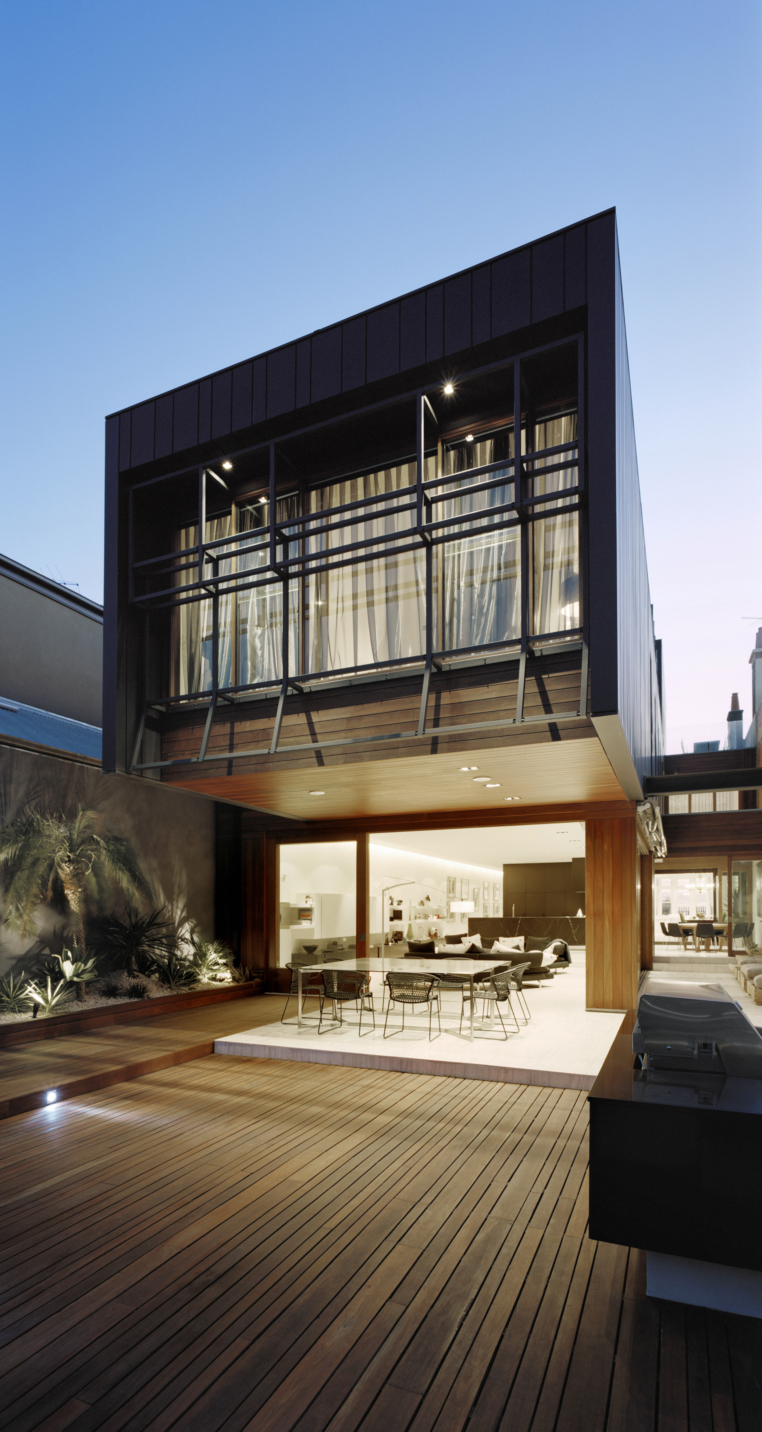 Middle Park outdoor living by Chamberlain Architects