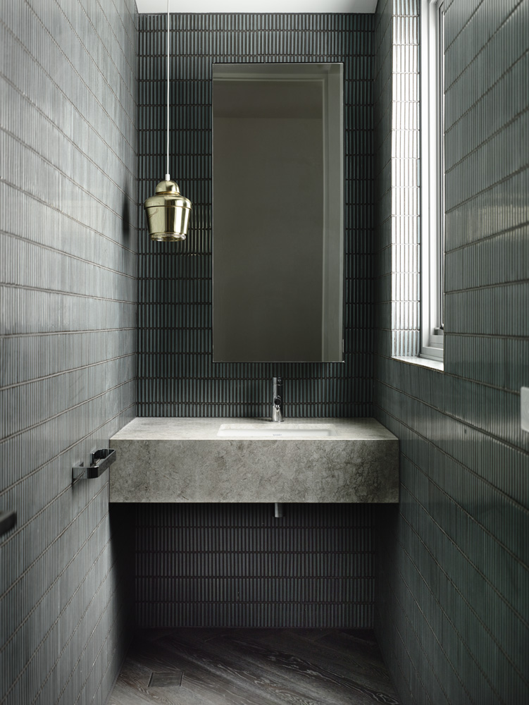 Washington street bathroom by Chamberlain Architects
