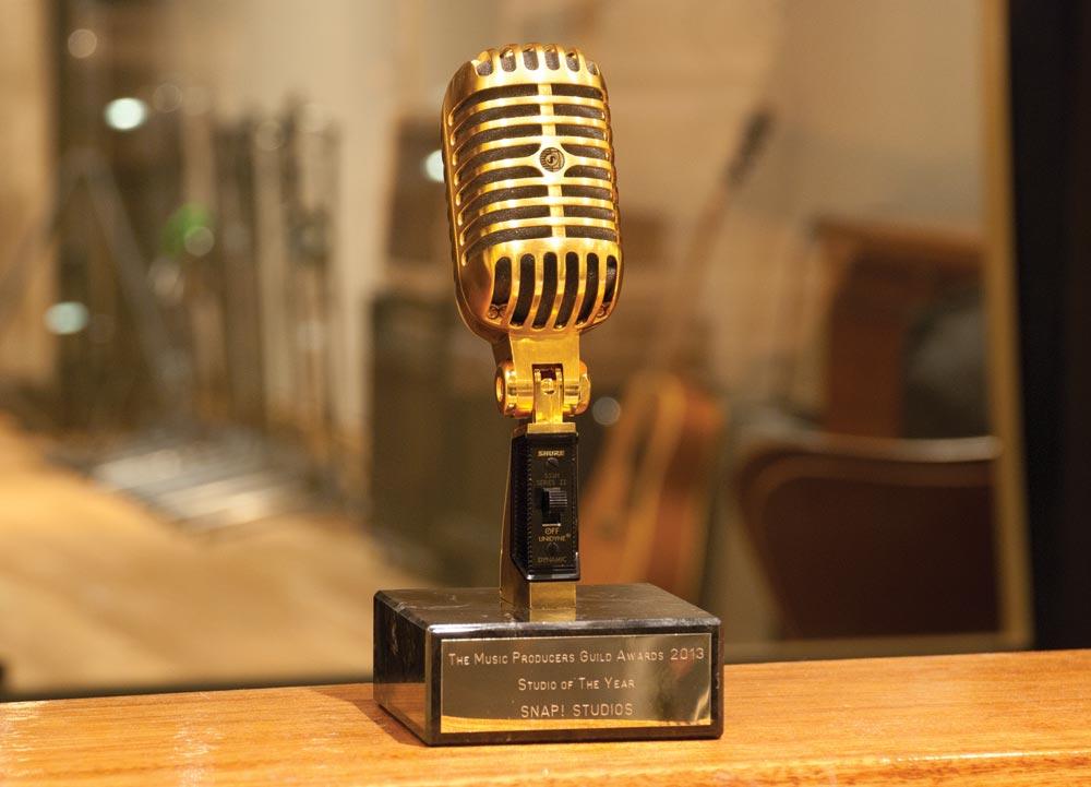 Snap-wins-MPG-best-studio-award.jpg