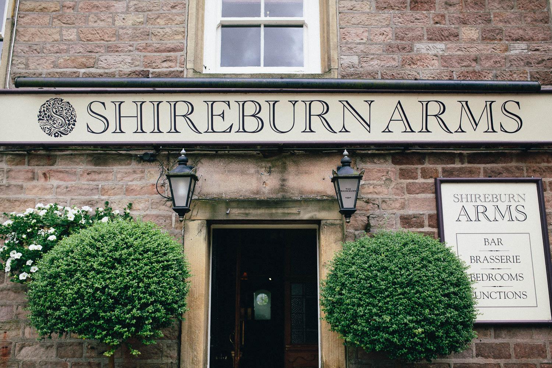 Shireburn Arms Wedding Photography-2.jpg