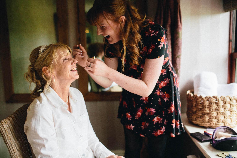 Shireburn Arms Wedding Photography-4.jpg