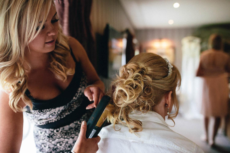 Shireburn Arms Wedding Photography-9.jpg