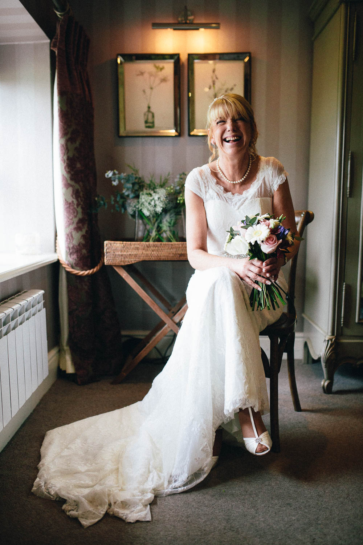 Shireburn Arms Wedding Photography-15.jpg
