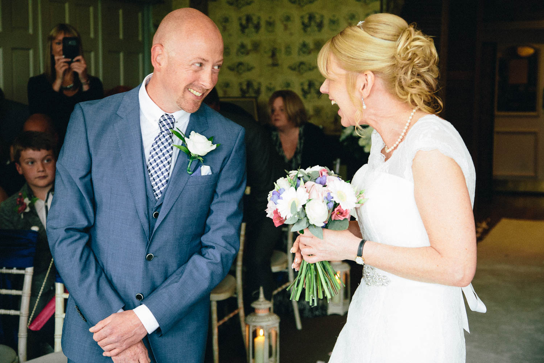 Shireburn Arms Wedding Photography-20.jpg