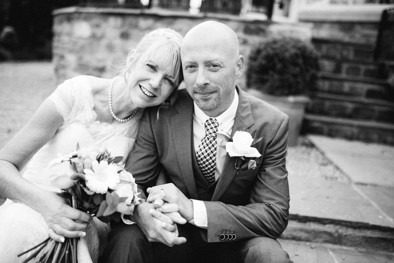 Shireburn Arms Wedding Photography-29.jpg