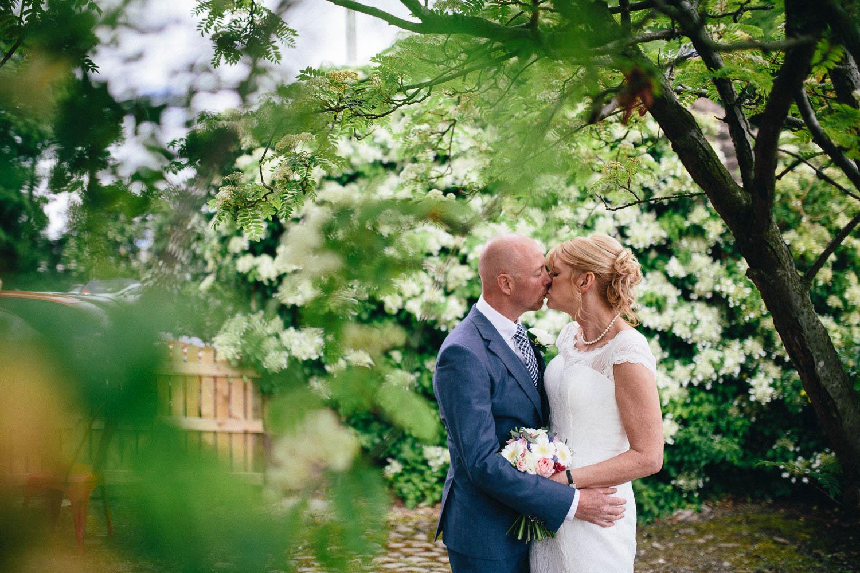 Shireburn Arms Wedding Photography-30.jpg