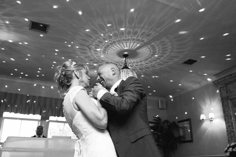 Shireburn Arms Wedding Photography-41.jpg