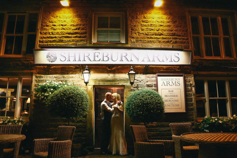 Shireburn Arms Wedding Photography-54.jpg