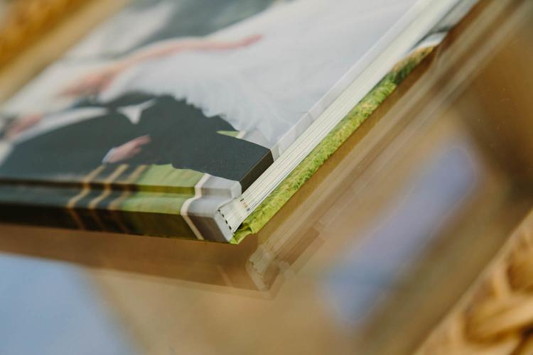 Lay-flat+coffee-table+album+simple+design-6.jpg