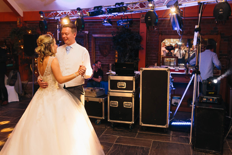 Corinne & Kyle Wedding Day Blog-40.jpg