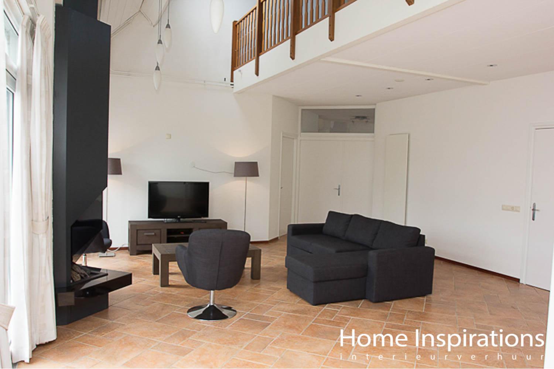 Moderne zithoek grijs meubilair