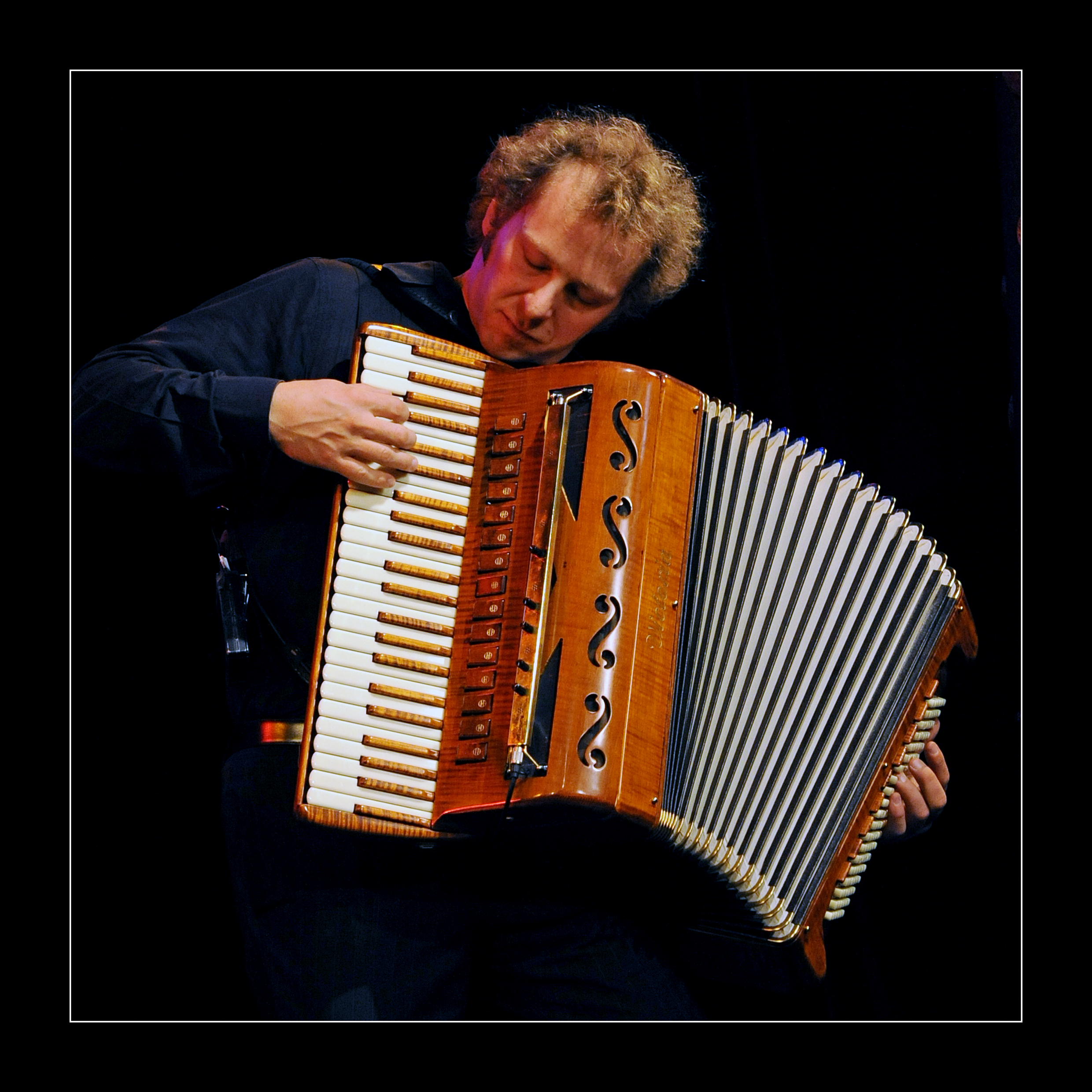 Andreas Hinterseher, accordion. Photography by Yakup Zeyrek