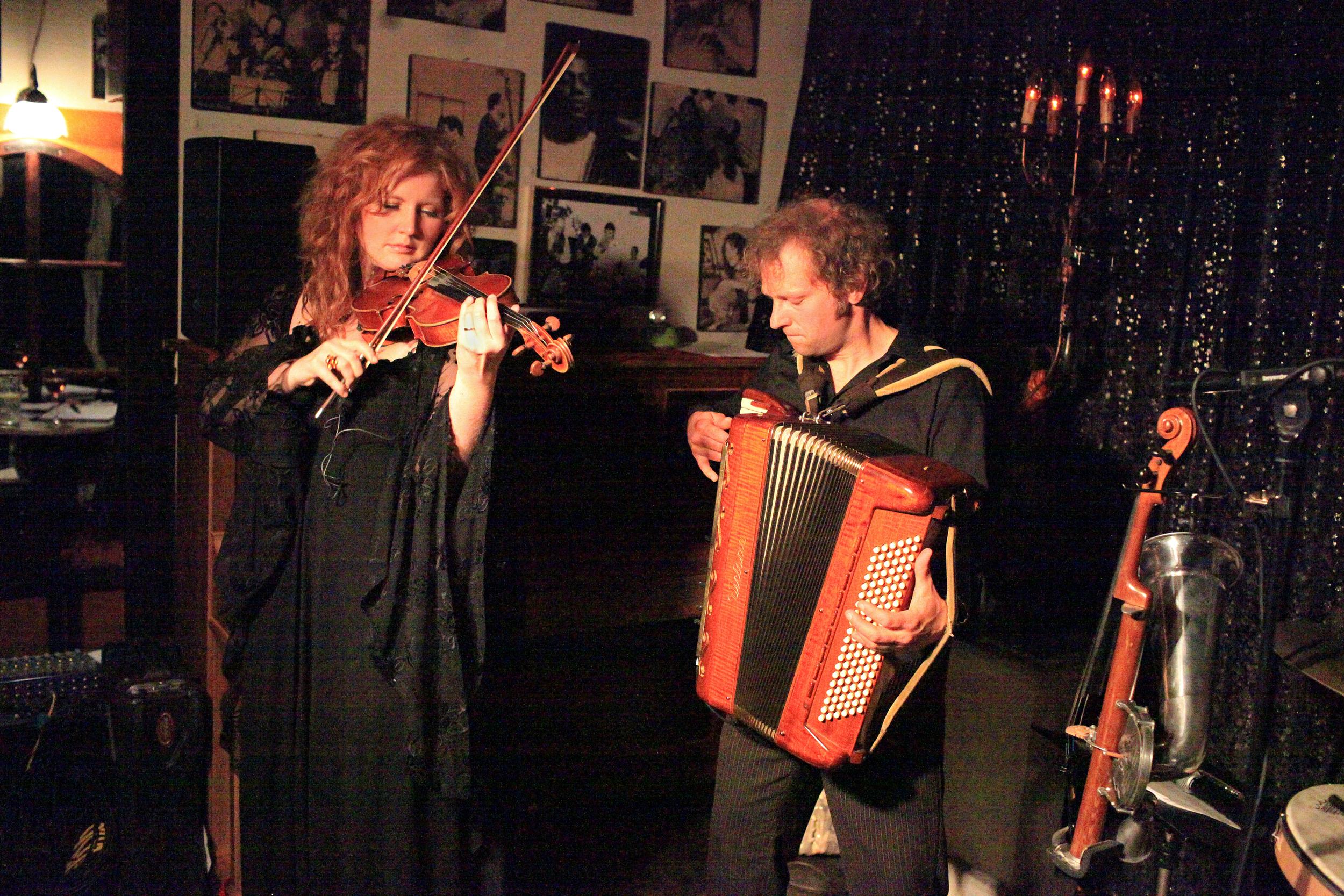 Martina Eisenreich & Andreas Hinterseher (live). Photo: Le Pirate