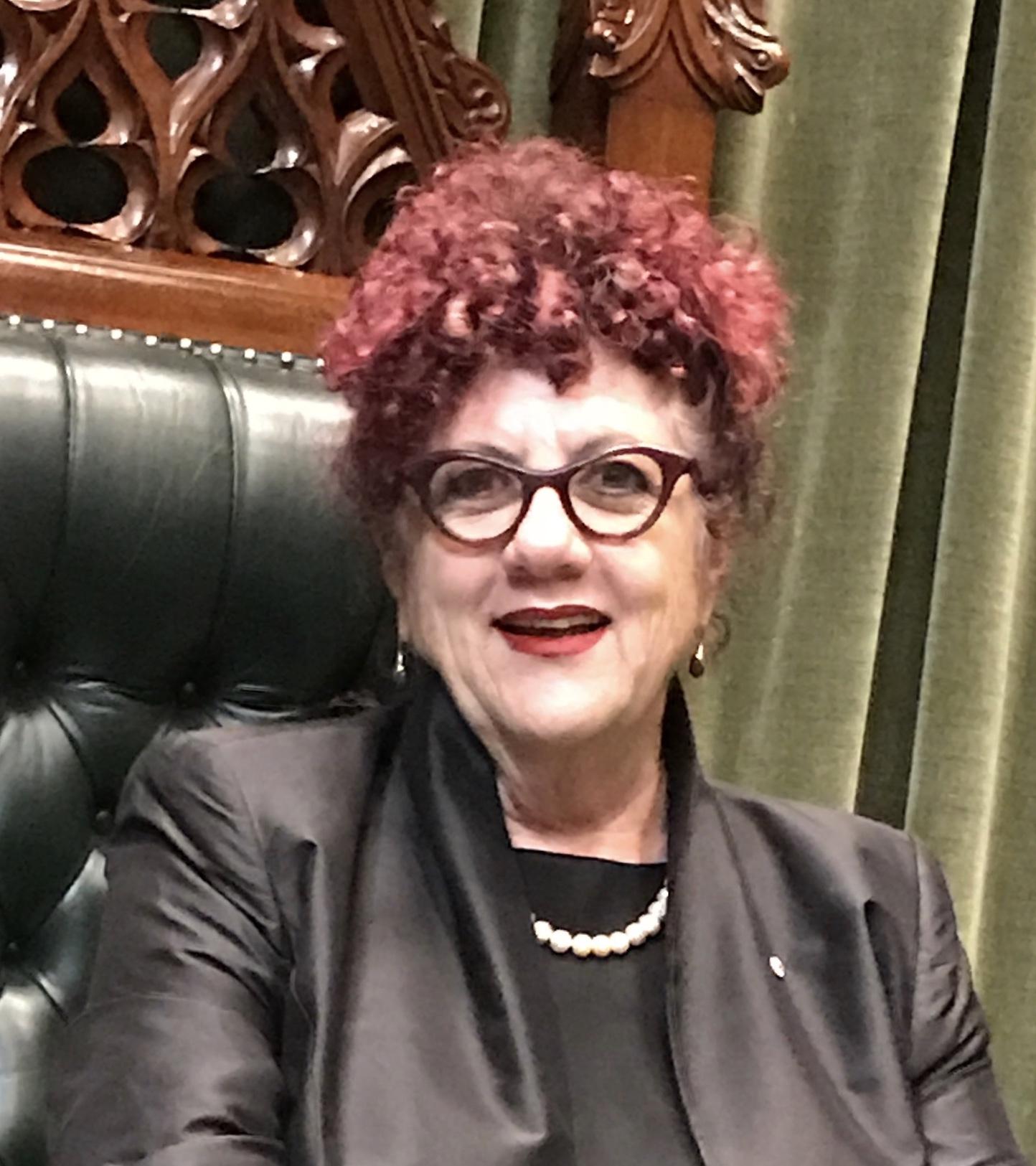 Dr. Linda O'Brien AM