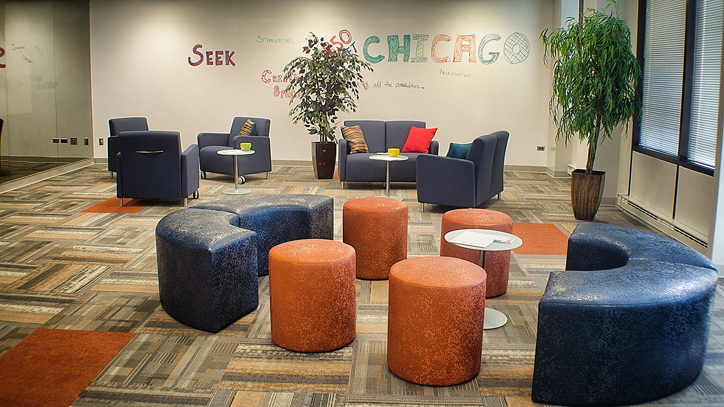 A multitude of creative seating option; team tables, living room groups, round tables etc.