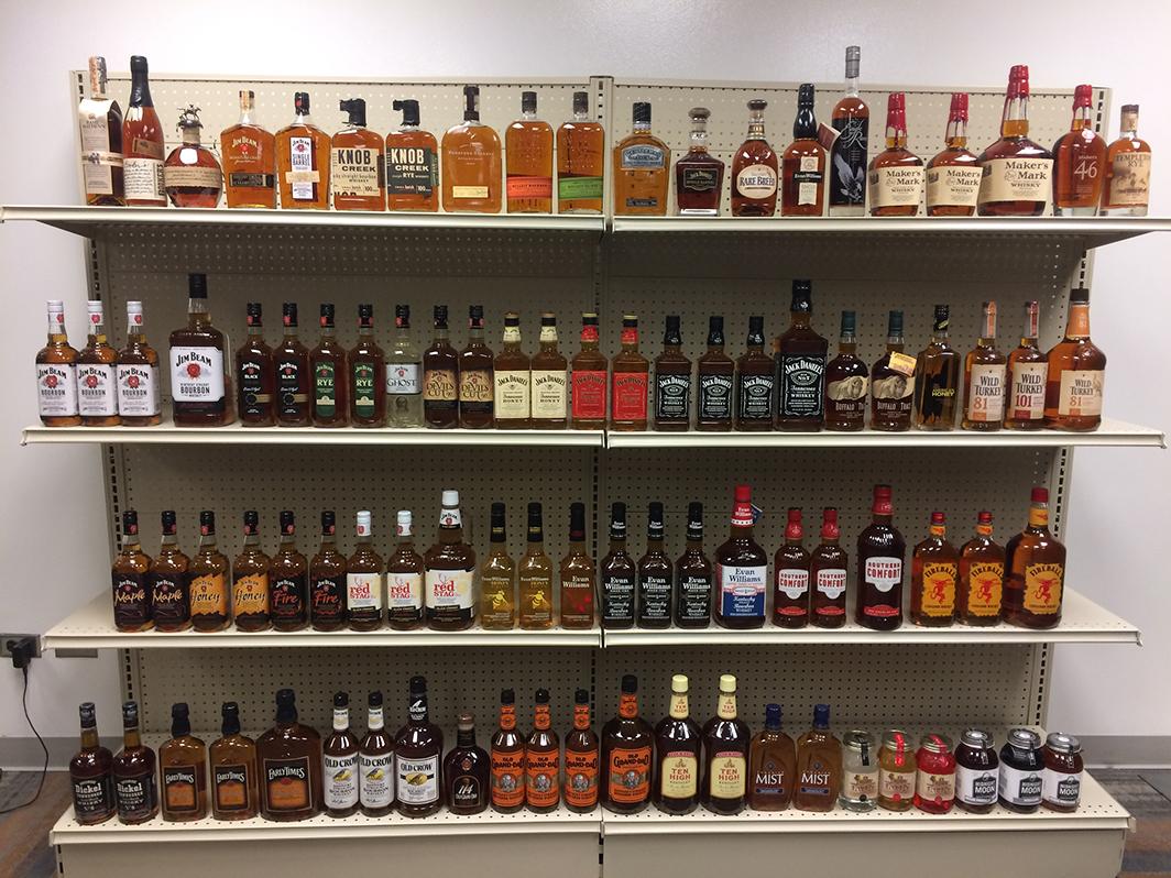 Shelf Display - up to 32 feet on hand