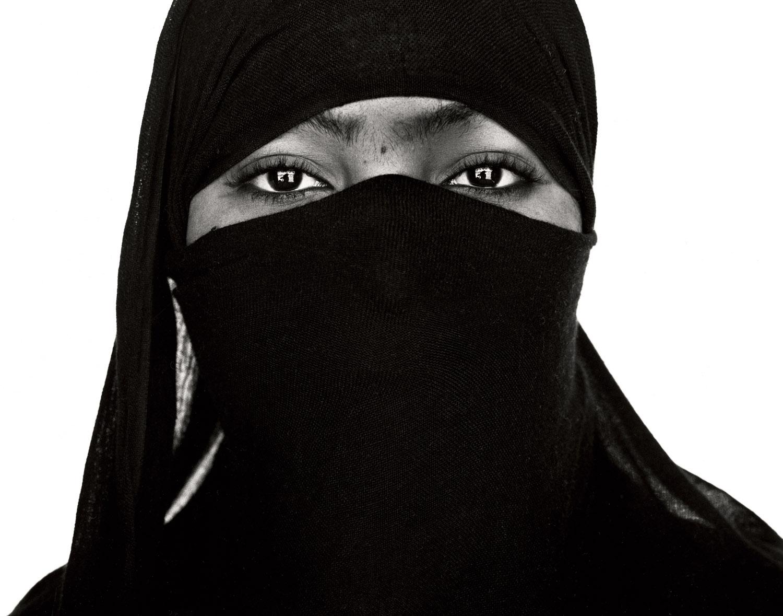 G.Förster_Shades_Yemen_1999.jpg