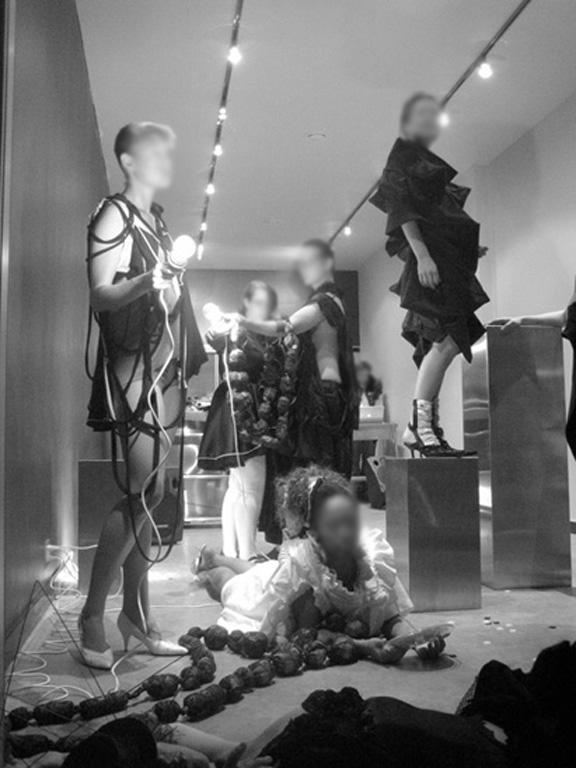 Architextures Storefront Fashion show