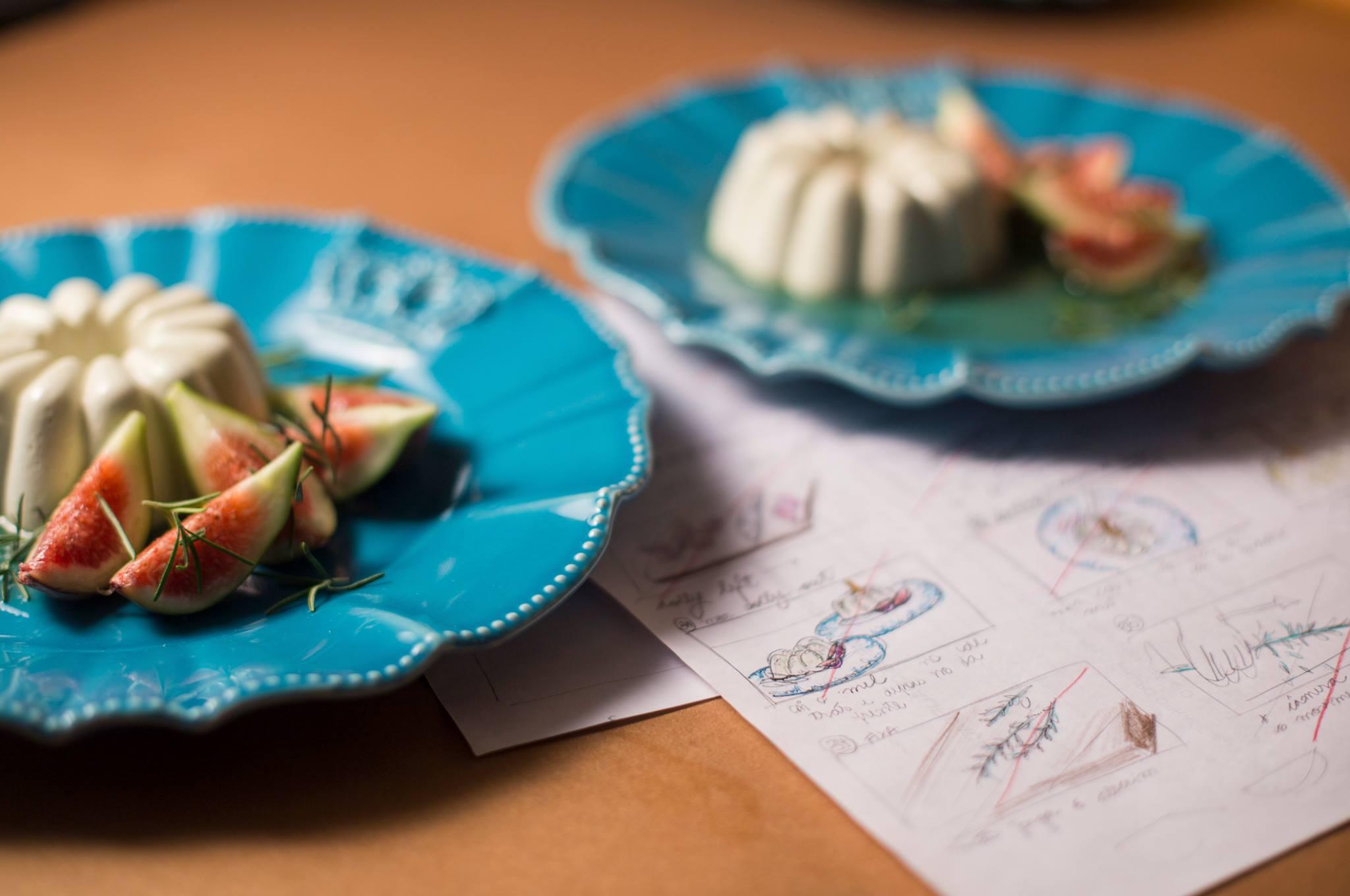 Mousse de Gorgonzola com figos e mel,receita e foodstyling da chef Ana Claudia Spengler, e storyboard usado no set. Uma das receitas que captamos o passo a passo para veiculação na e-Paraná.