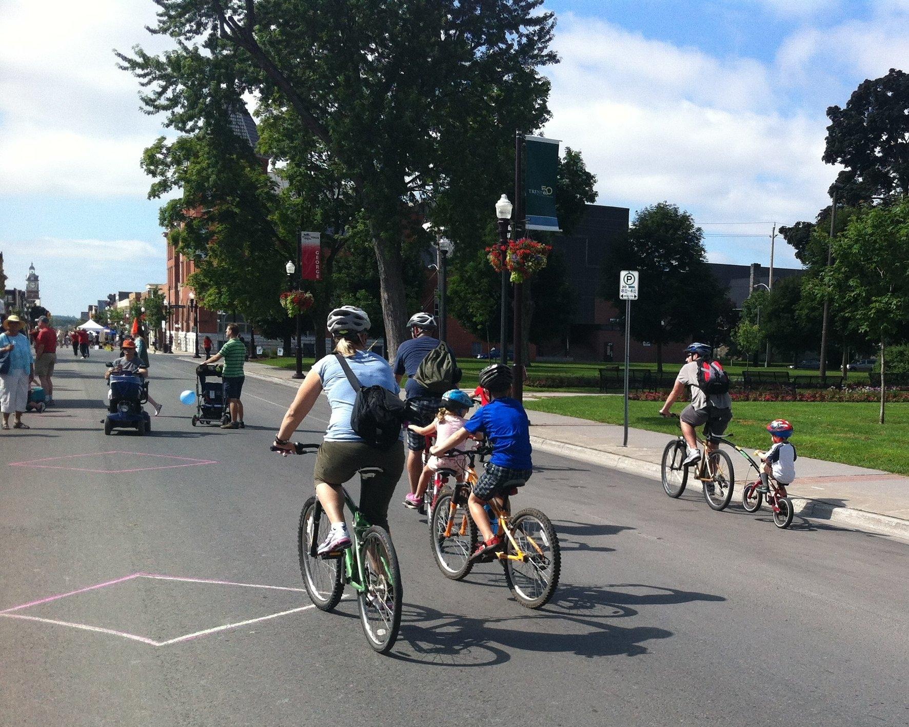 Biking and walking at Pulse