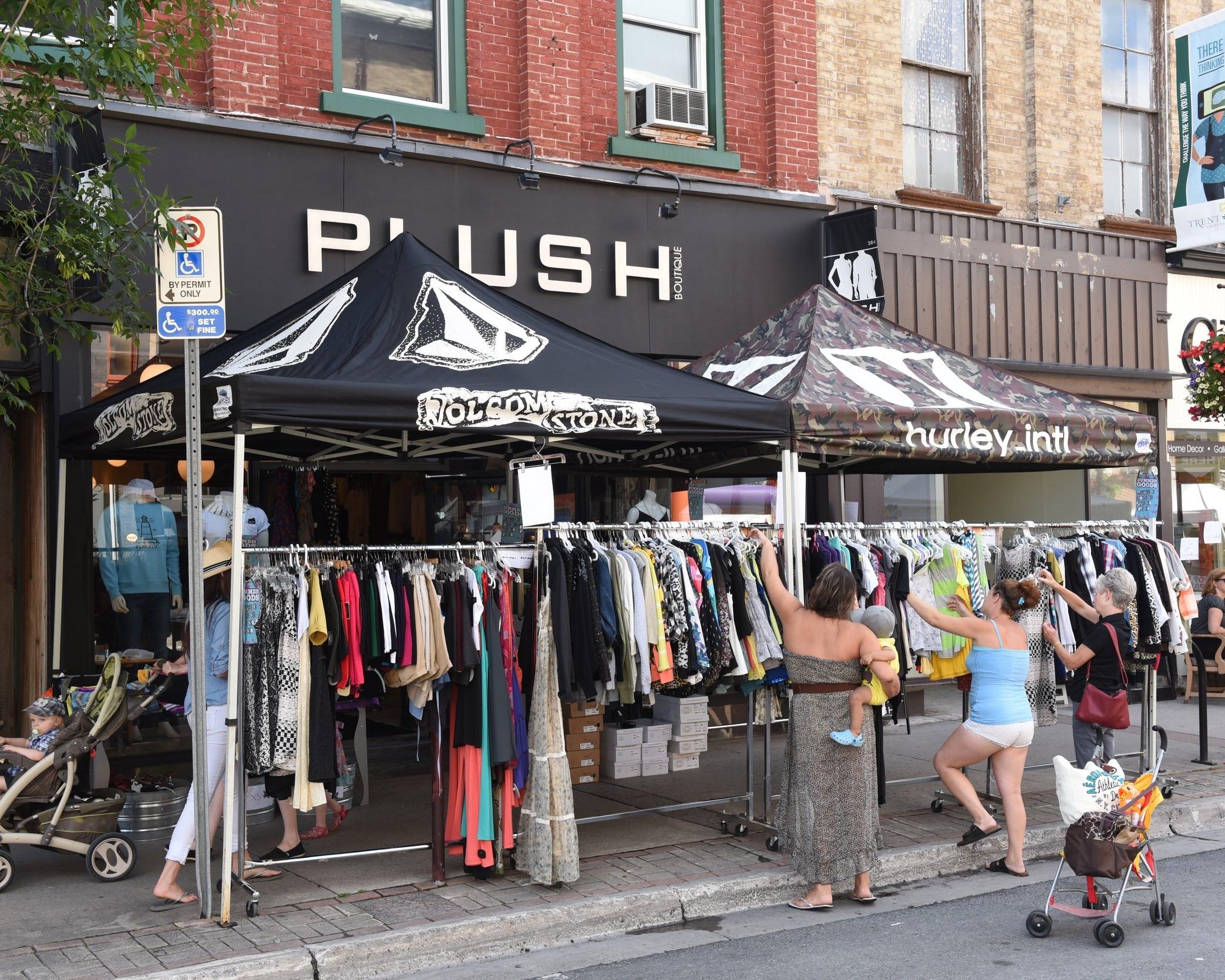 Street sales at Pulse