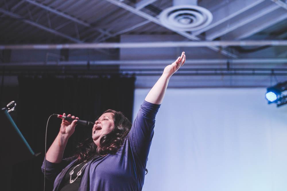 worship (12 of 12).jpg