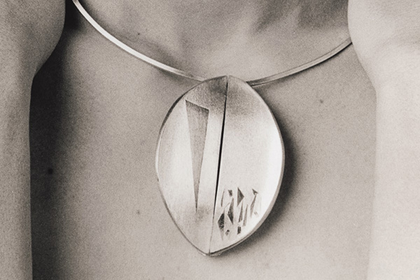 Pendant Neckpiece  , 1985, sterling silver and 24k gold overlay, 0.5x10x5.5 inches
