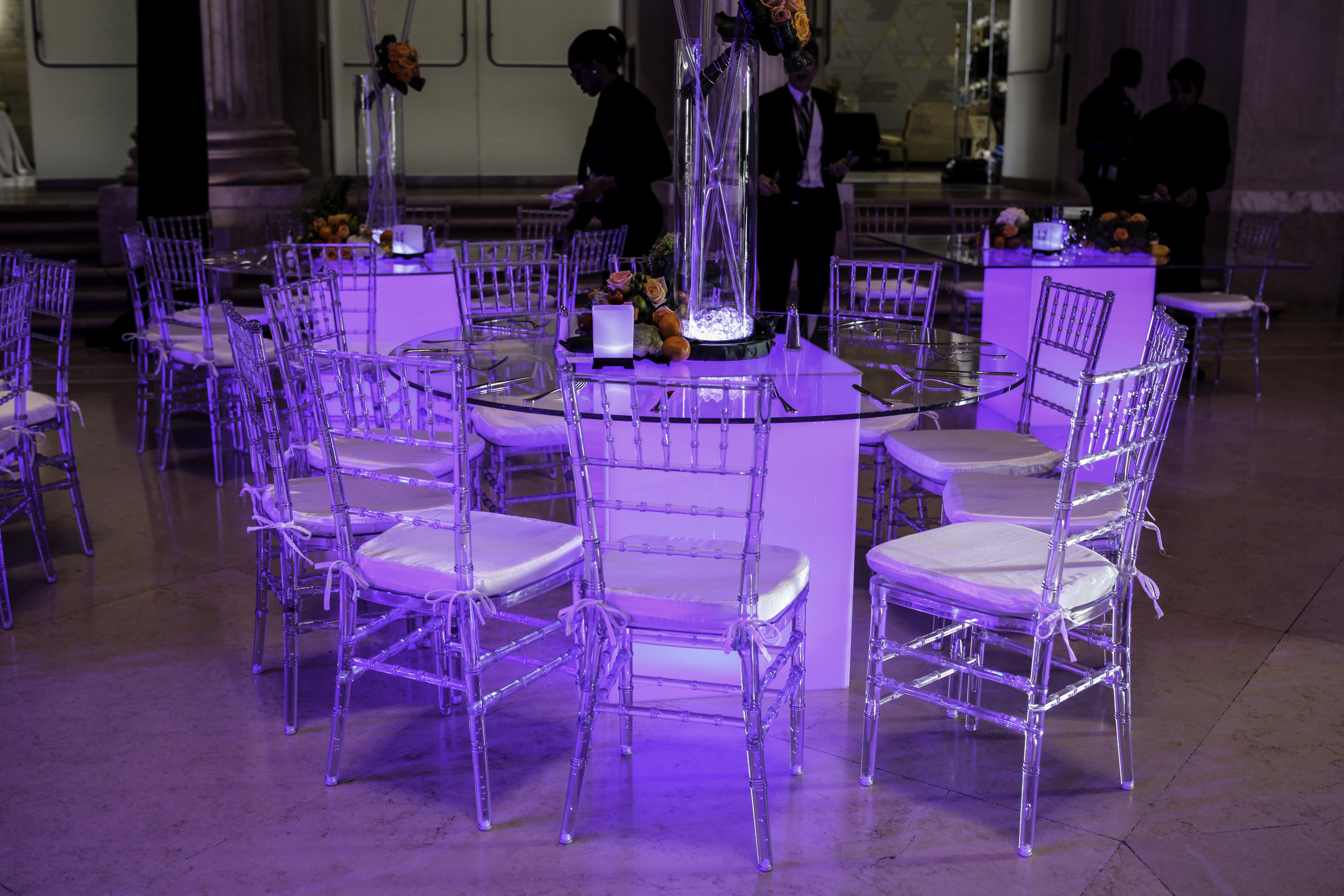Chair- Clear Chiavari w: white cushion.jpg