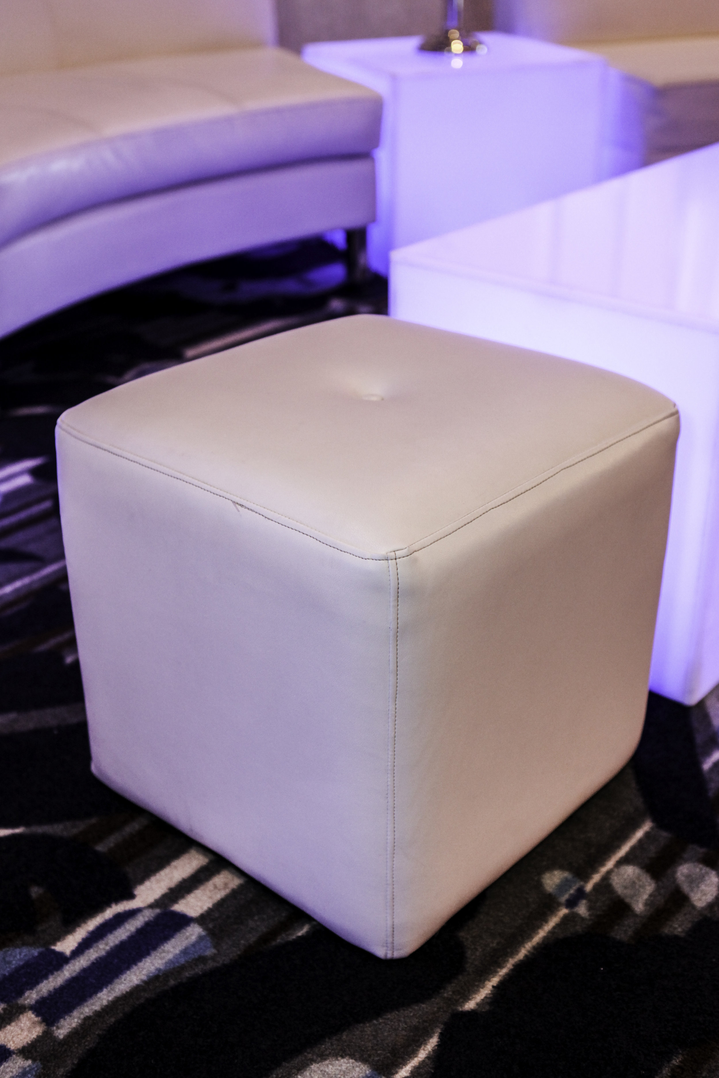 Ottoman- White Leather Cube_1.jpg