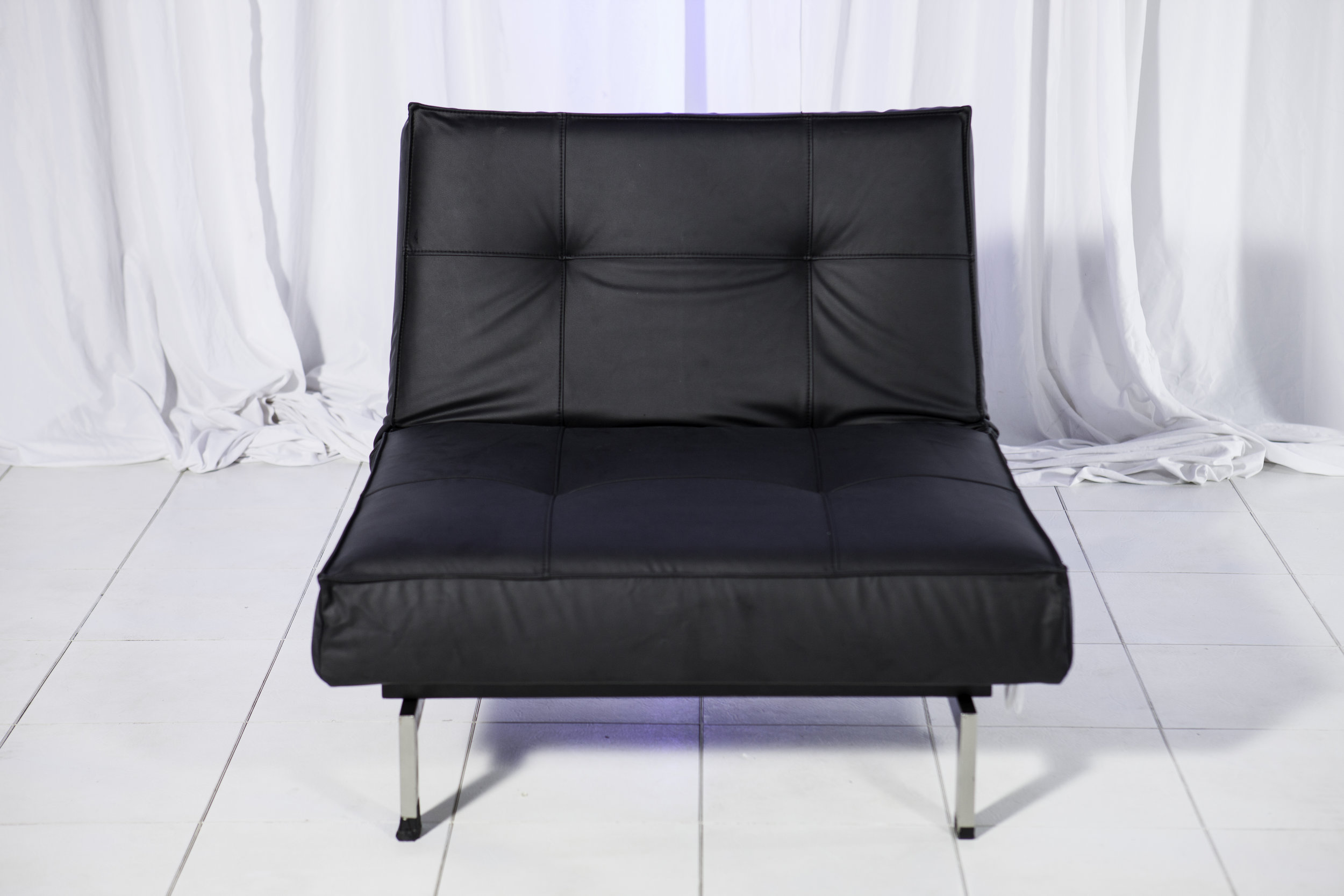 Lounge Chair- Black Splitback_1.jpg