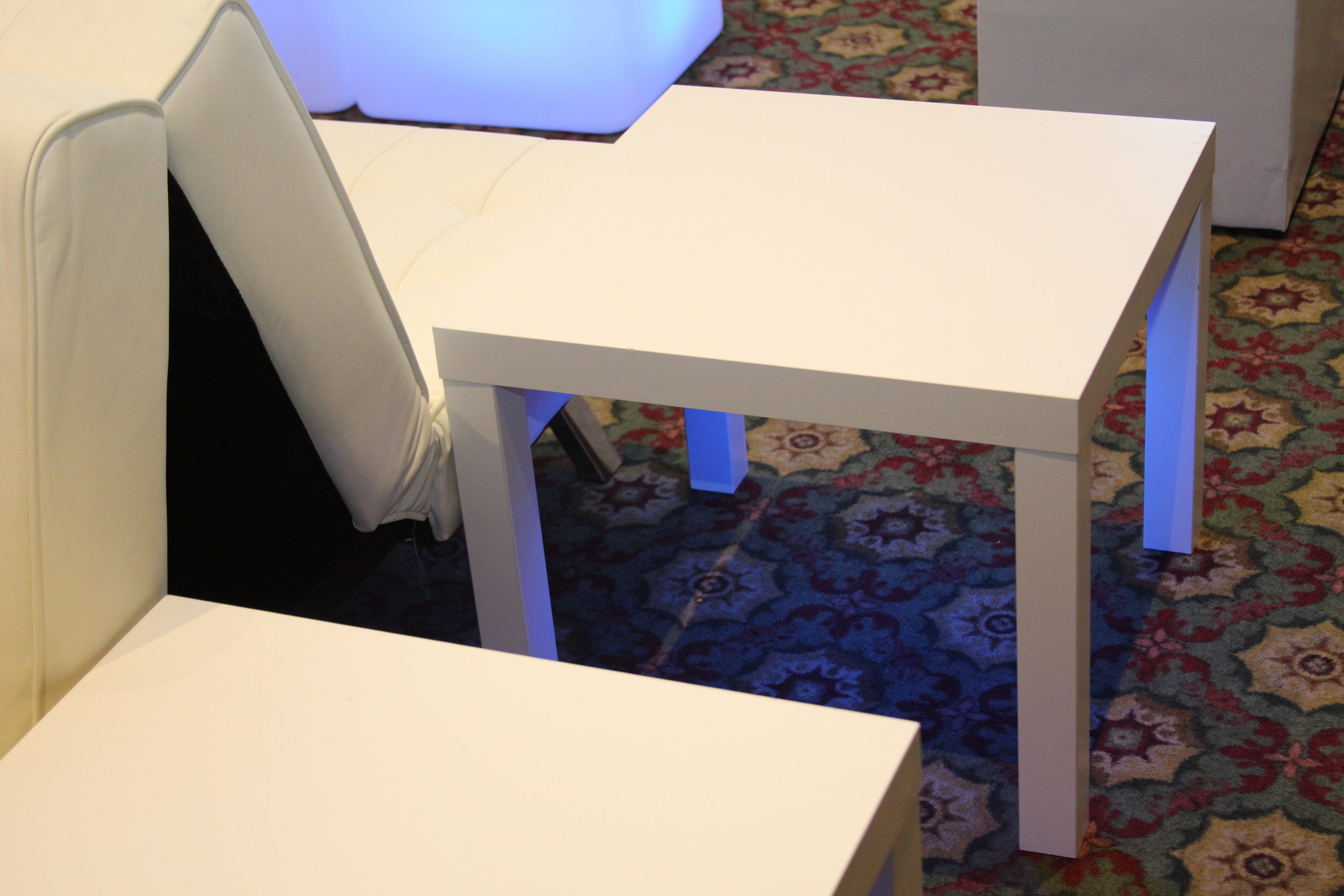 Table- White End Table_1.JPG