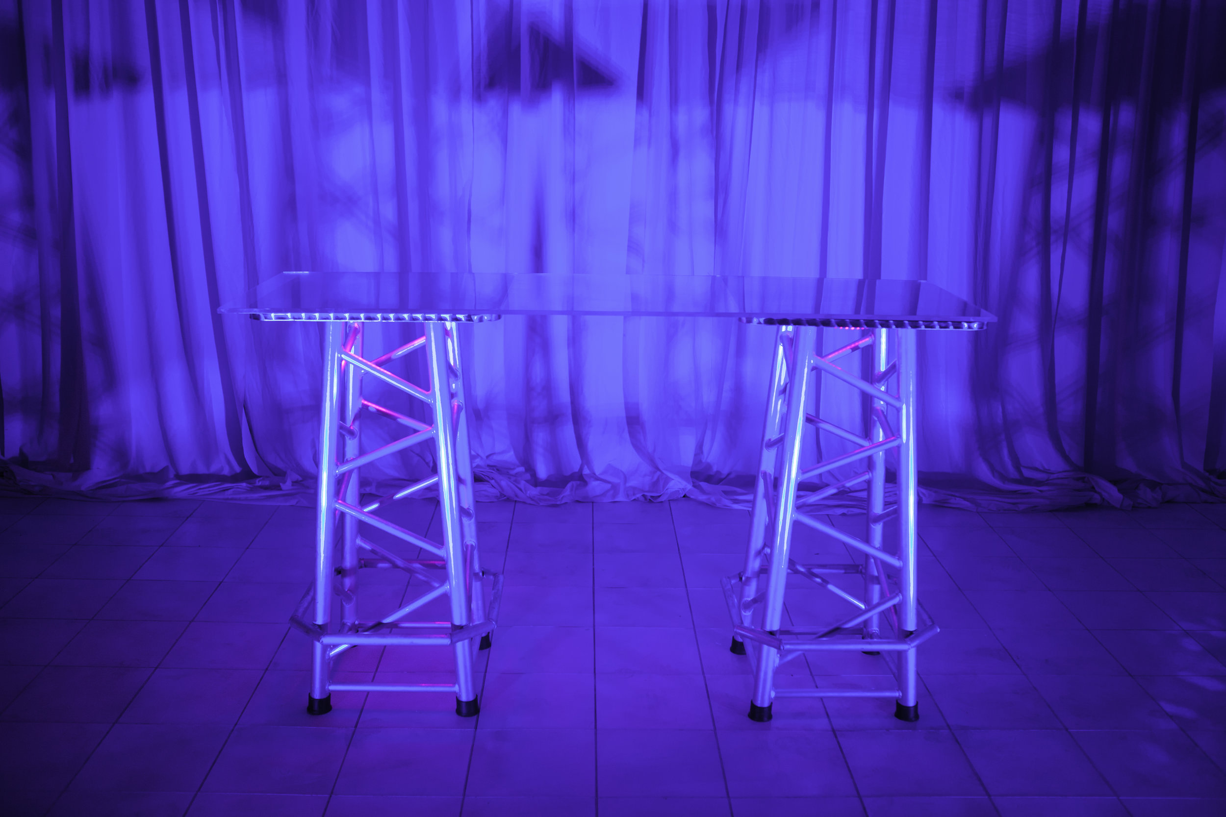 Table (Cocktail)- Silver Truss with Acrylic Top_1.jpg