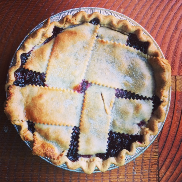 huckleberry pie.JPG