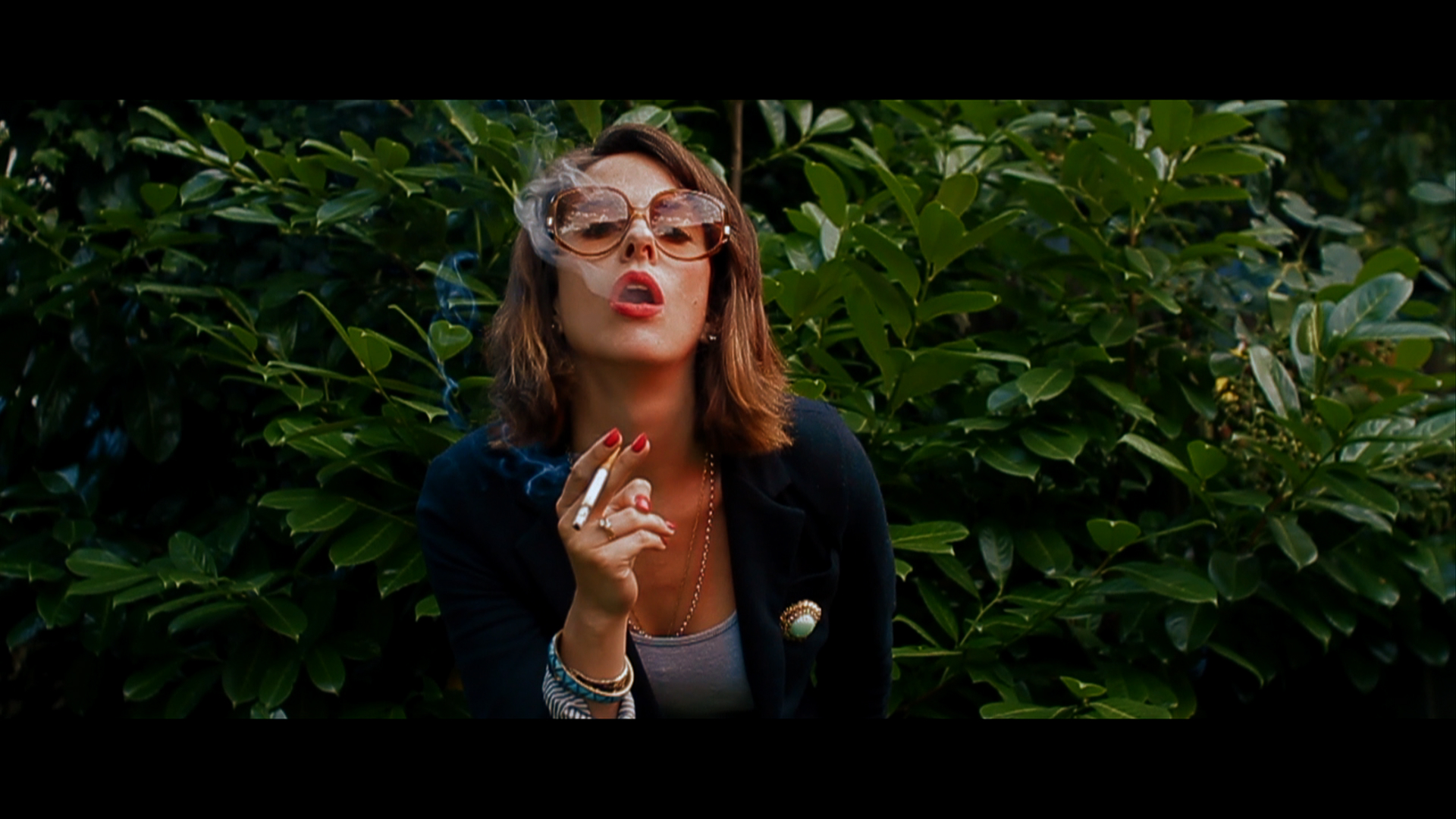 Amanda Greys Smokes.jpg
