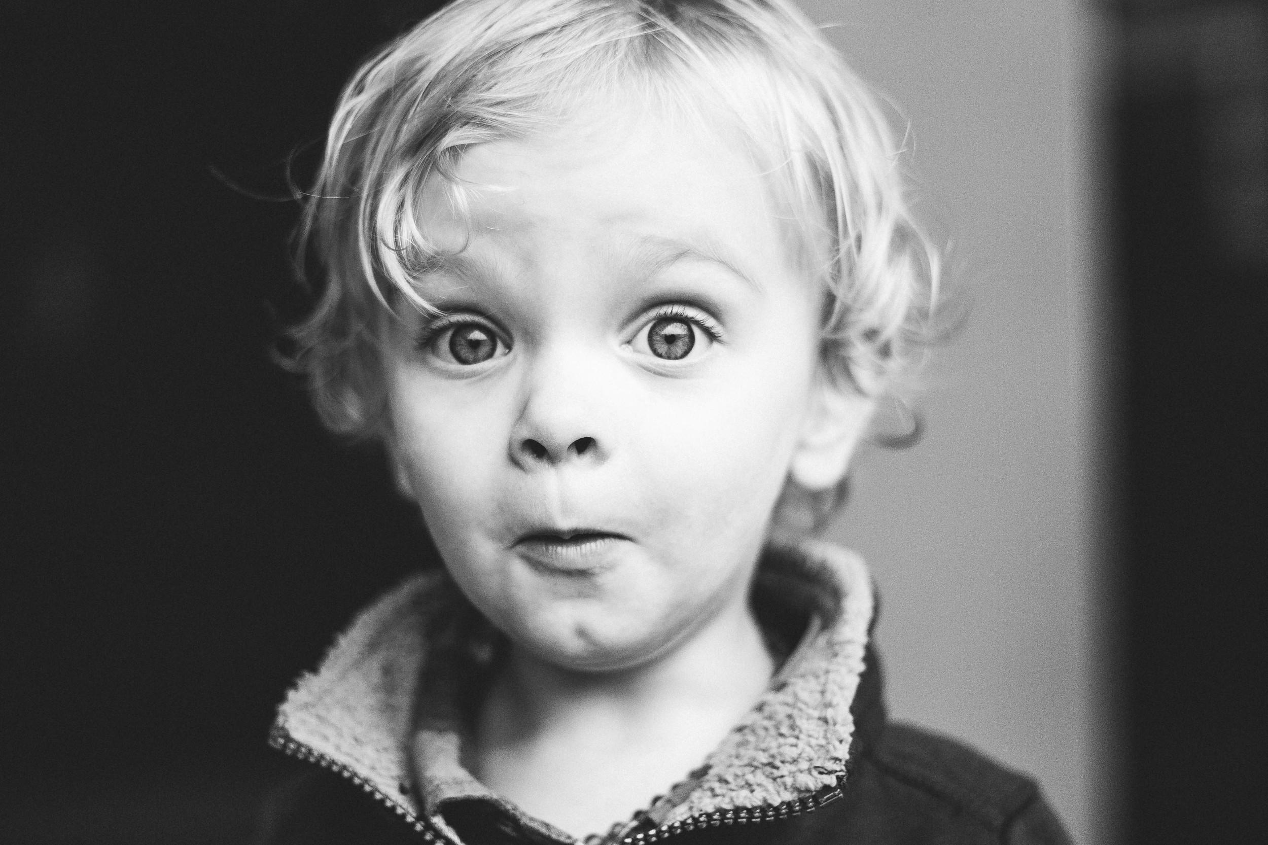little_boy_surprised