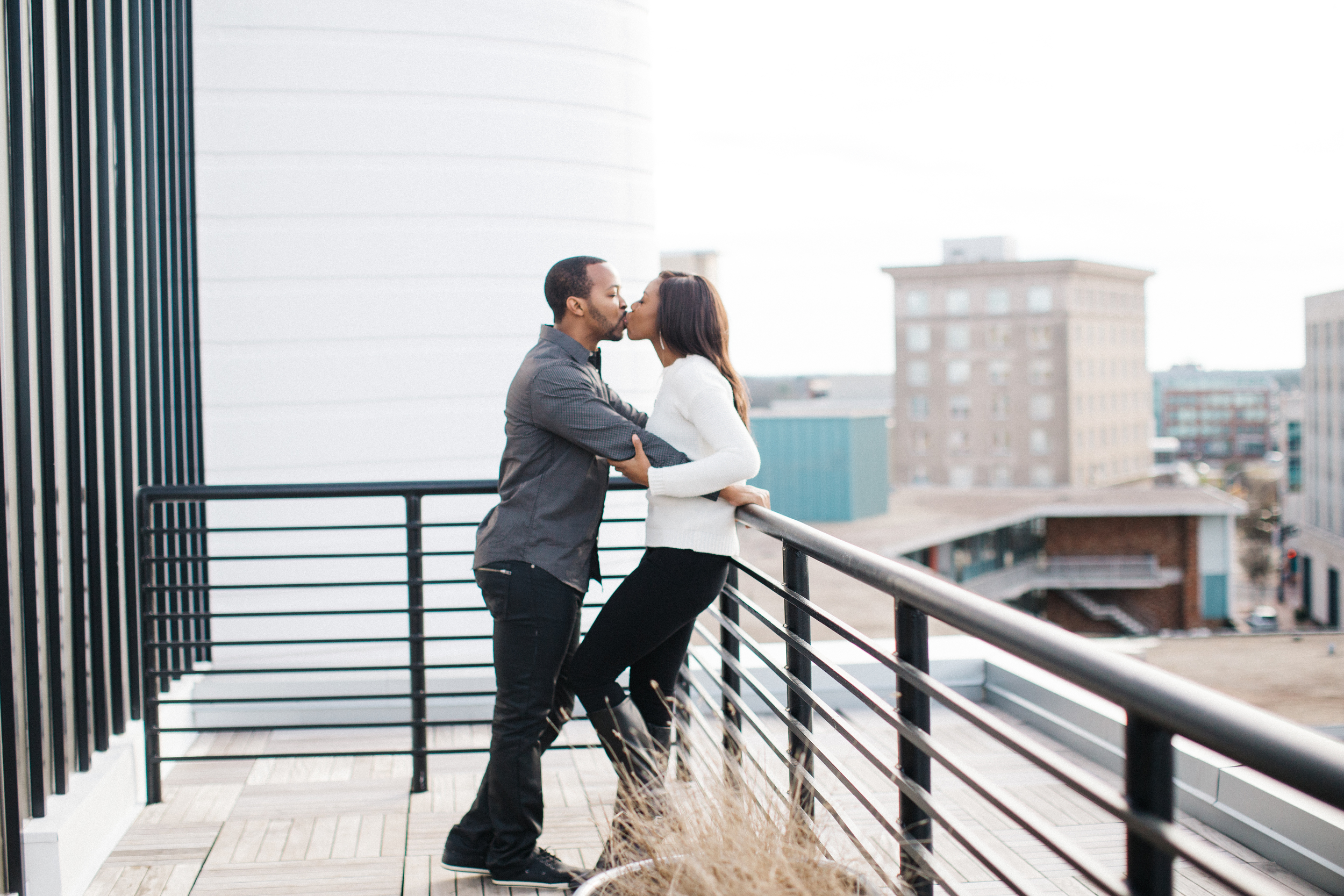 durham_hotel_rooftop_kiss