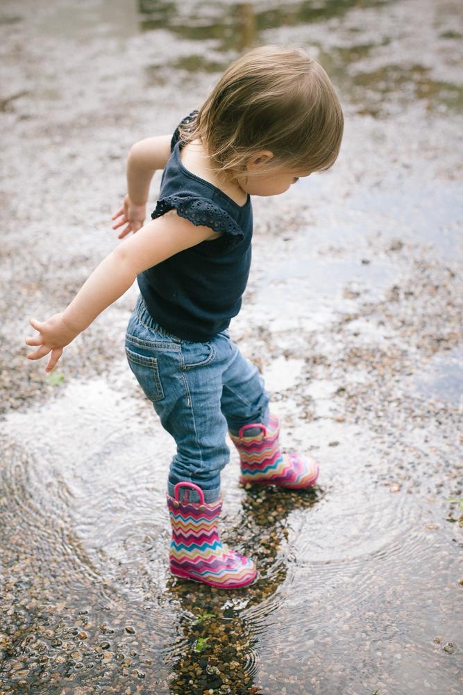 rainyboots_child_photography