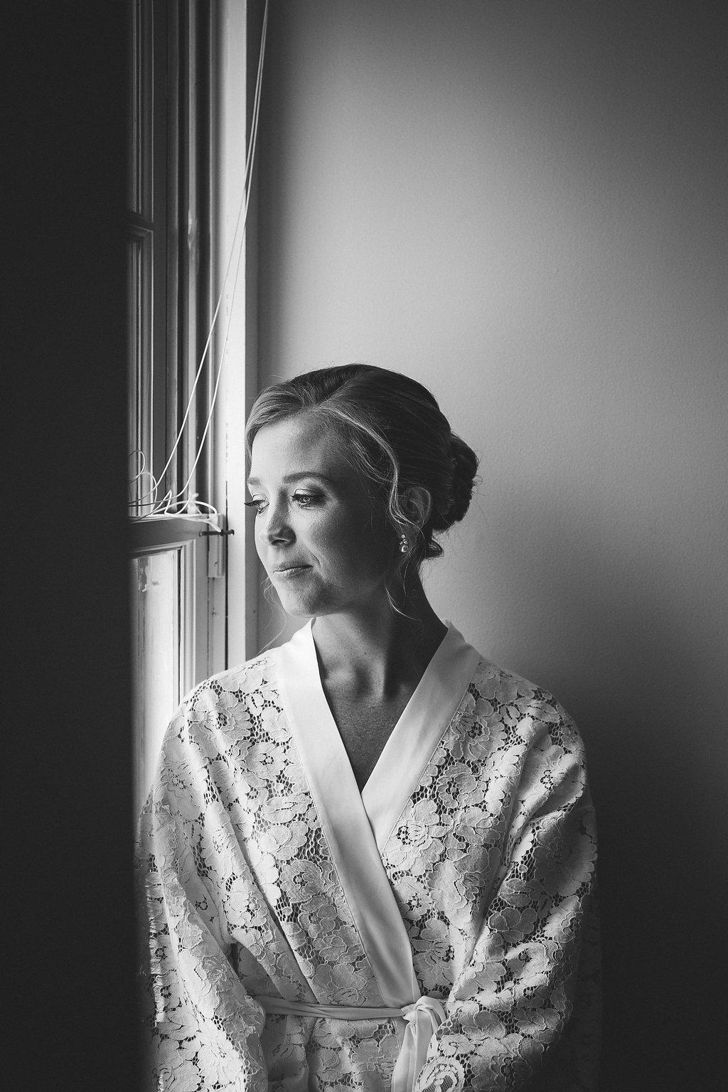 bride_natural_light_portraits