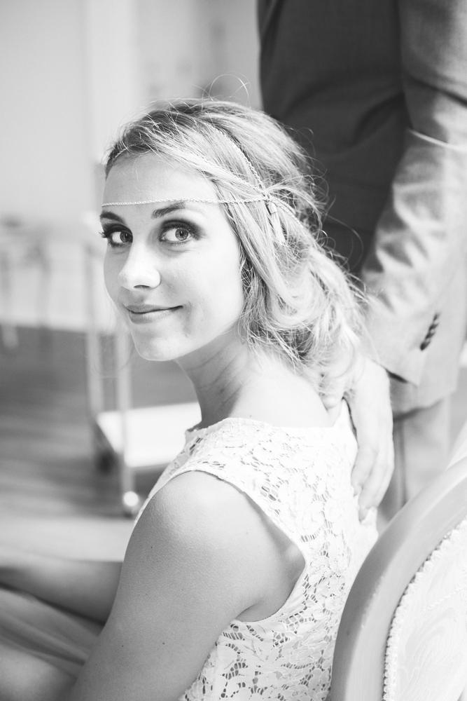 natural_bride_groom_portrait
