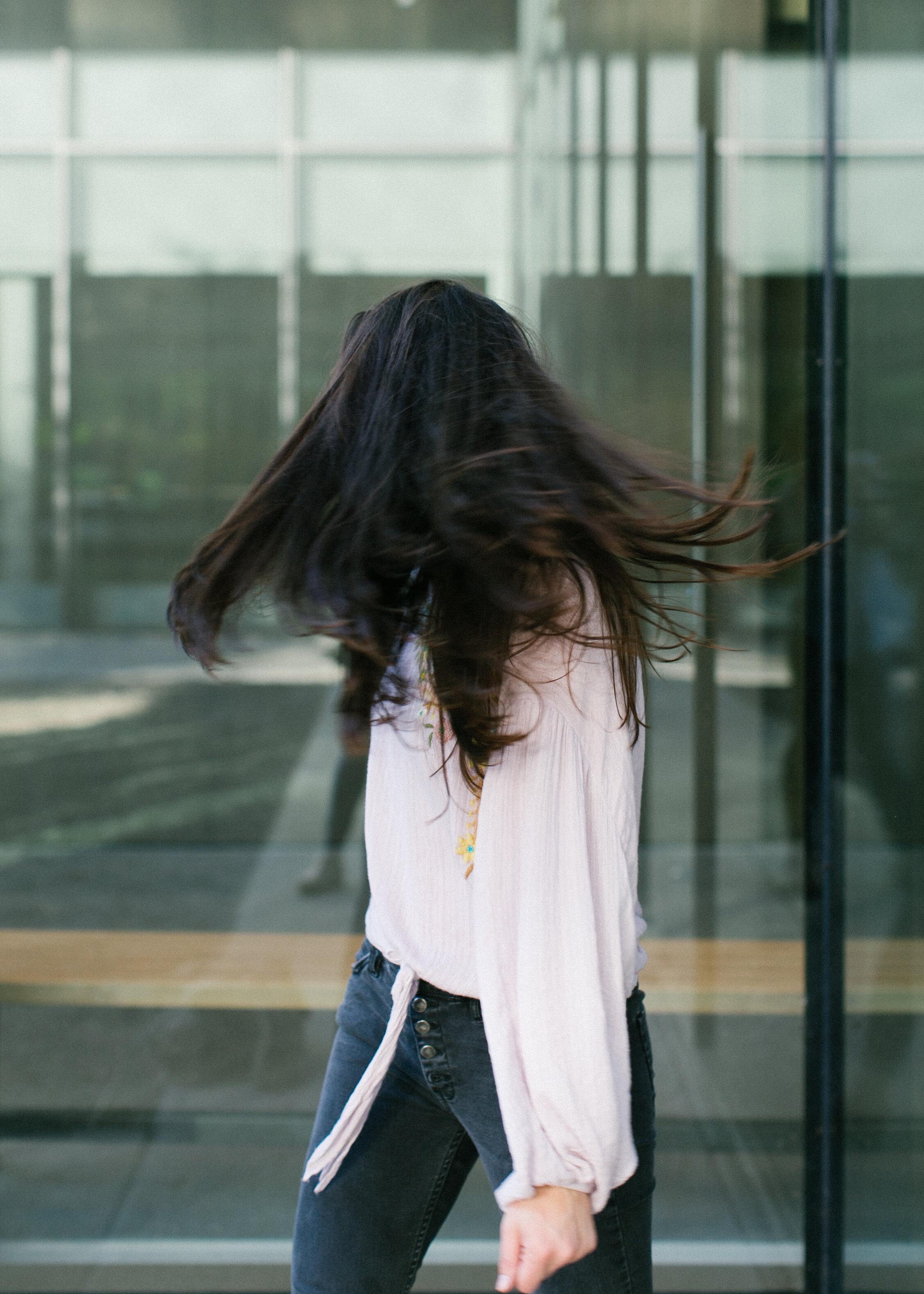 portrait_hair_motion