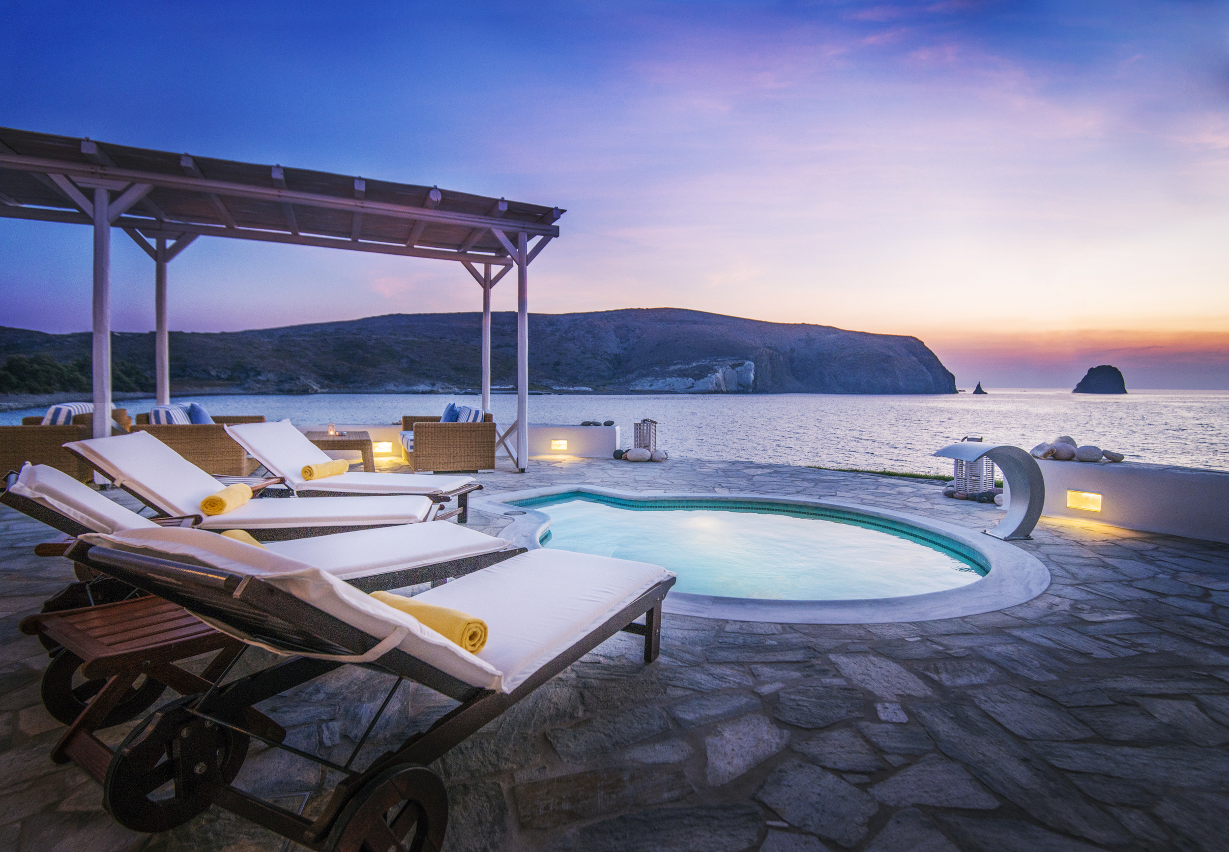 GREECE_FINAL_SELECTS_HOTEL_iPad-3.jpg