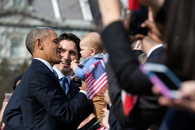 US President Obama and Canadian Prime Minister Trudeau greet the audience.  Photo: Pete Souza, whitehouse.gov.