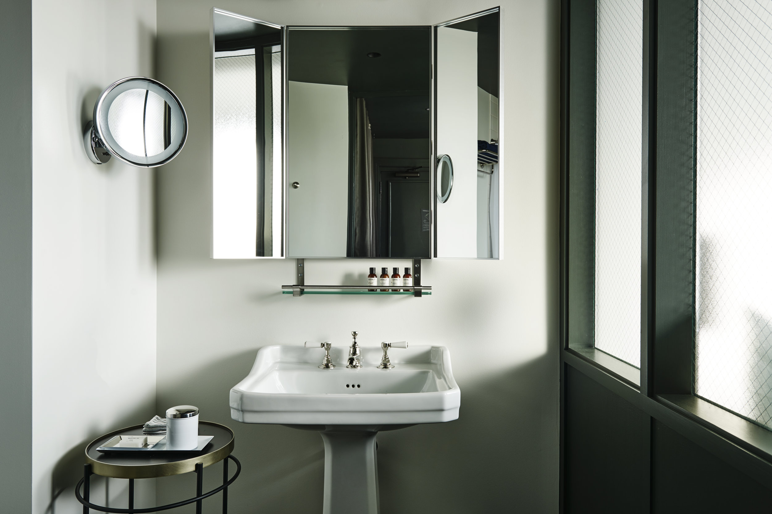 The Robey Hotel_Bathroom_Marc Merckx Interiors