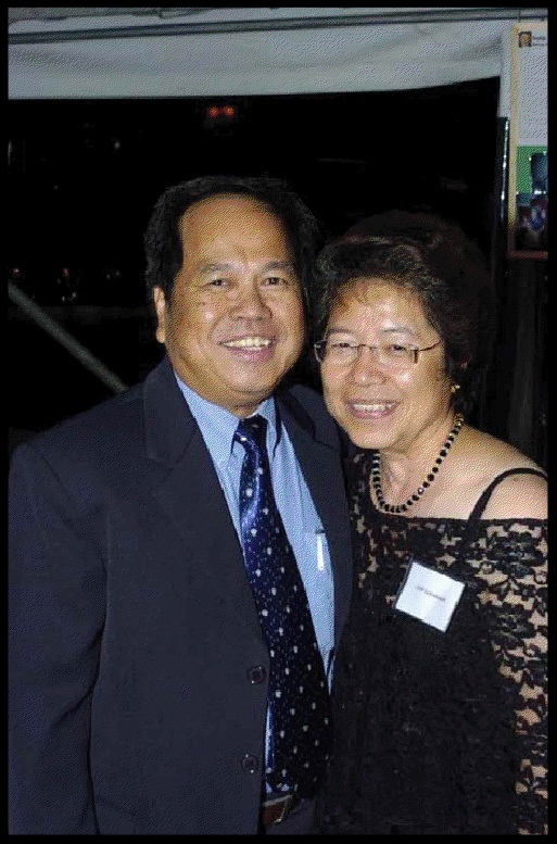 Filipino con man Roberto Coscolluela,left, (also known in the US as Eminiano Reodica and Jun Reodica) with his wife Letti, in 2004. Reodica lived in Queensland as a fugitive for two decades after arriving in the early 1990s and is accused of $US70 million in fraud in the US and Australia. Photo AAP Image/Supplied